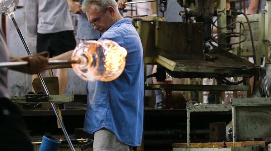 How It's Made: Stemmed Glassware